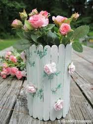 گلدان با چوب بستنی