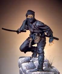 مرد شمشیر به دست