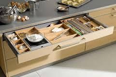 کابینتهای منظم در آشپزخانه شما همراه با آموزش ساخت
