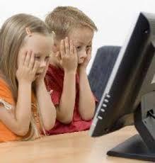 چگونه کودکان را از خطرات اینترنت در امان نگه داریم