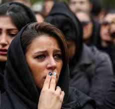 تصاویر خانواده و هنرمندان در مراسم تشییع جنازه داوود رشیدی