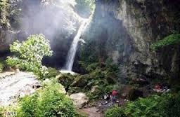 یکی از زیباترین آبشارهای ایران در چالدران