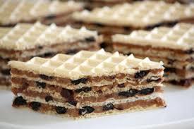 طرز تهیه ویفر شکلاتی خوشمزه برای شیرینی شب یلدا