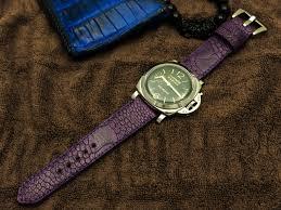 ساعت با بند چرم شتر مرغ